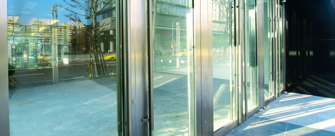 Commercial Glass Repair - Star Glass Company